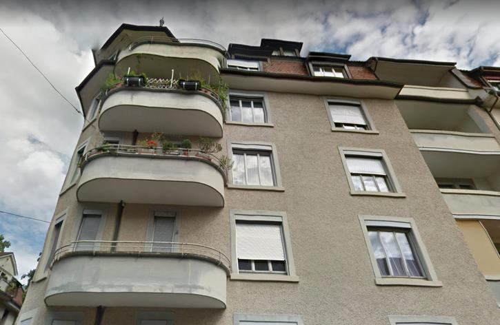 Grosszügige Zentral gelegene Wohnung im 3.OG !!! 8002 Zürich