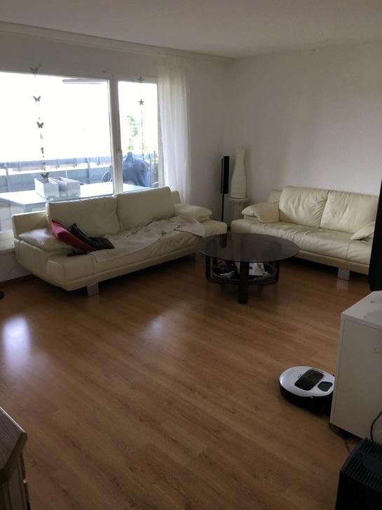 Helle, moderne 4,5 Zimmerwohnung 2