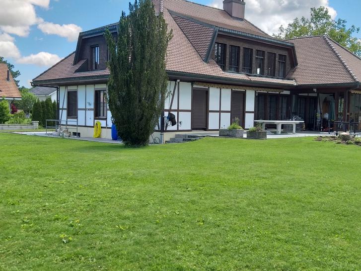4,5 zi Wohnung mit Pool und Blick ins Grüne - Eine Monatsmiete Geschenkt 3252 Worben