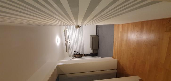 3.5 Zi-Wohnung befristet am Kreuzplatz 3