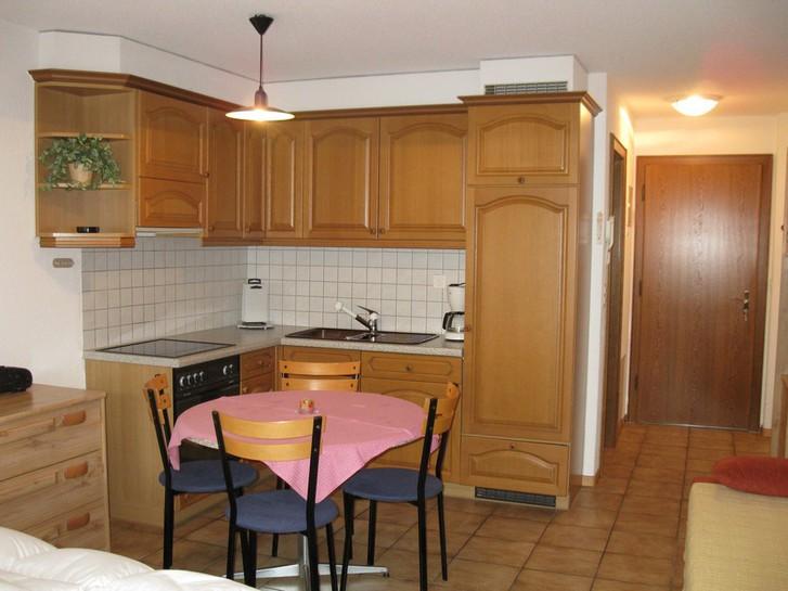 Studiowohnung, gross und wie neu mit schönem Balkon Süd 3954 Leukerbad