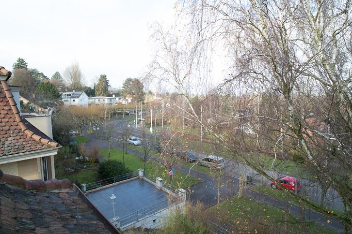 Sonnige Duplex Dachwohnung auf dem Bruderholz 2