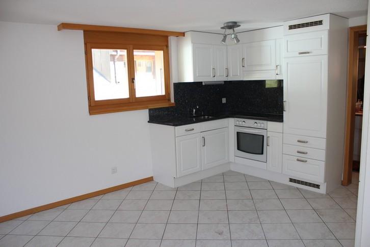 Haus Ariane, moderne 2.5-Zimmer-Duplex-Attikawohnung mit Südbalkon 2