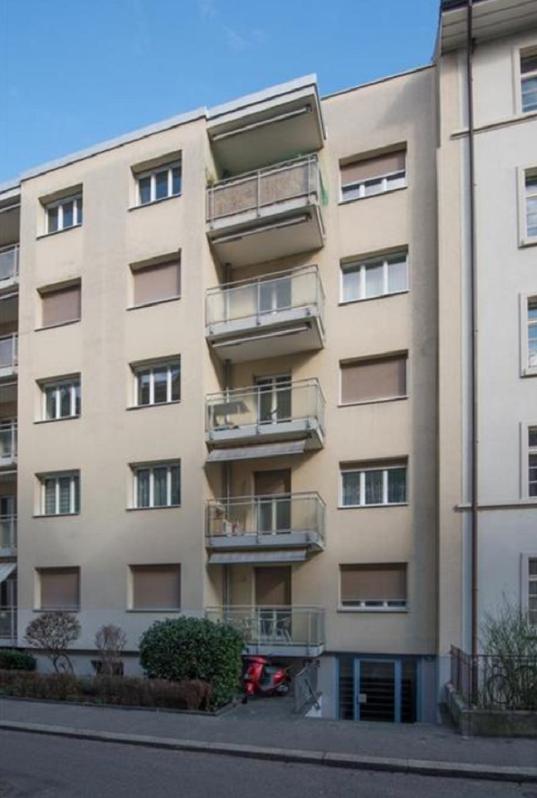 Möblierte 2.5 Zimmerwohnung mit Balkon an zentraler Lage !!! 3