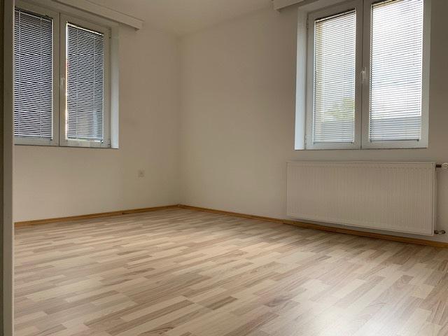 Wohnung zum Vermieten  3