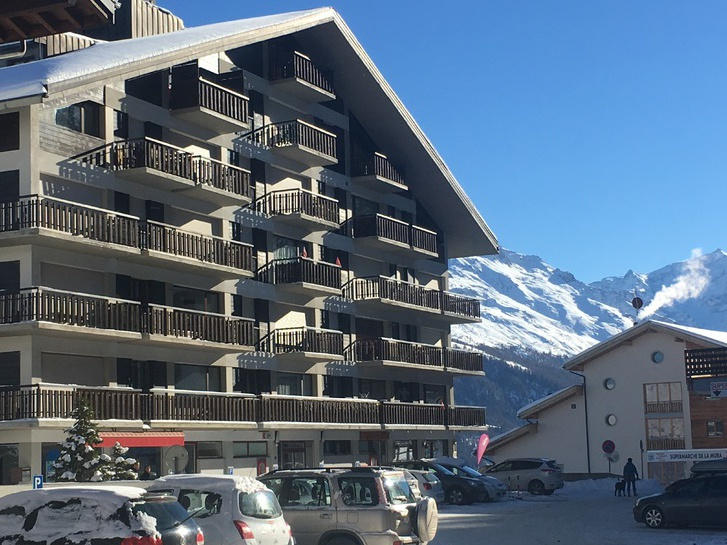 Ferienwohnung, komplett renoviert und möbiliert, direkt bei Skilift 1988 Thyons Les Collons