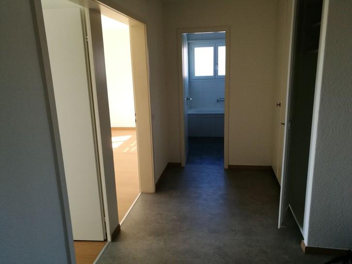 3 1/2 - Zimmerwohnung in Dällikon zu vermieten 4