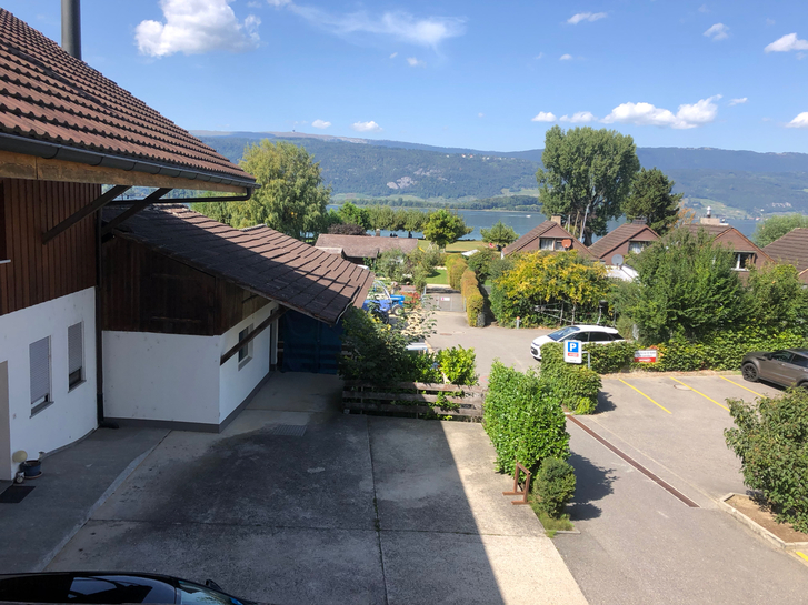 Charmante und originelle 4,5 Zi-Maisonette Dachwohnung am Bielersee 2576 Lüscherz