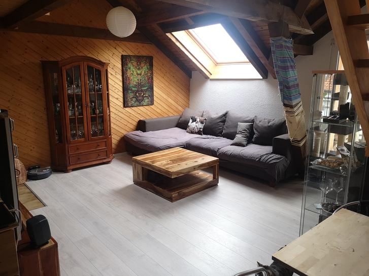 Wunderschöne 3,5Zi Dachwohnung sucht einen Nachmieter  2
