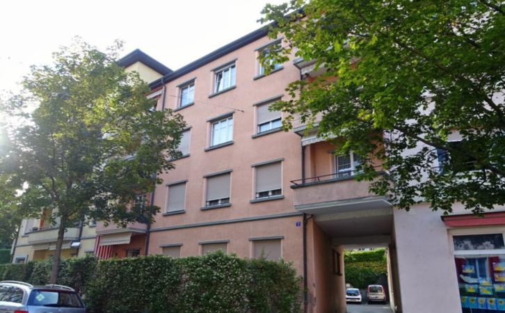 Magnifique Appartement 2.5 pièces proche du centre ville! 2