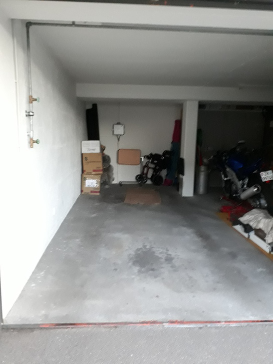 Garagenbox 8708 Männedorf