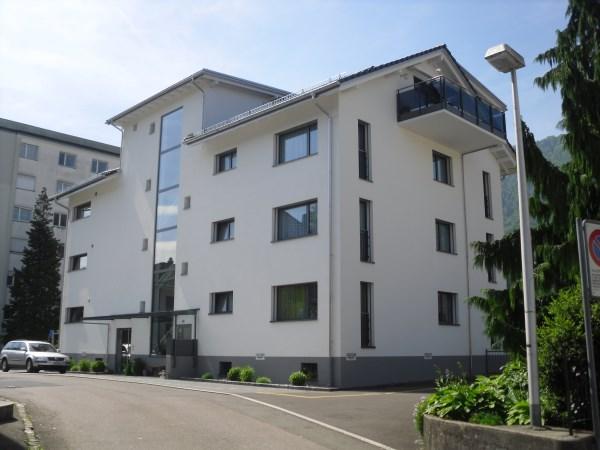 Tolle 5.5 Zimmer Wohnung mit Eigenheim Ausbaustandard 6410 Goldau