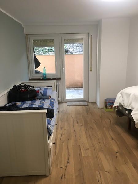 RHODANIA, neu ausgebaute & helle 3.5-Zimmerwohnung mit Süd-Terrasse im Zentrum von Leukerbad 3