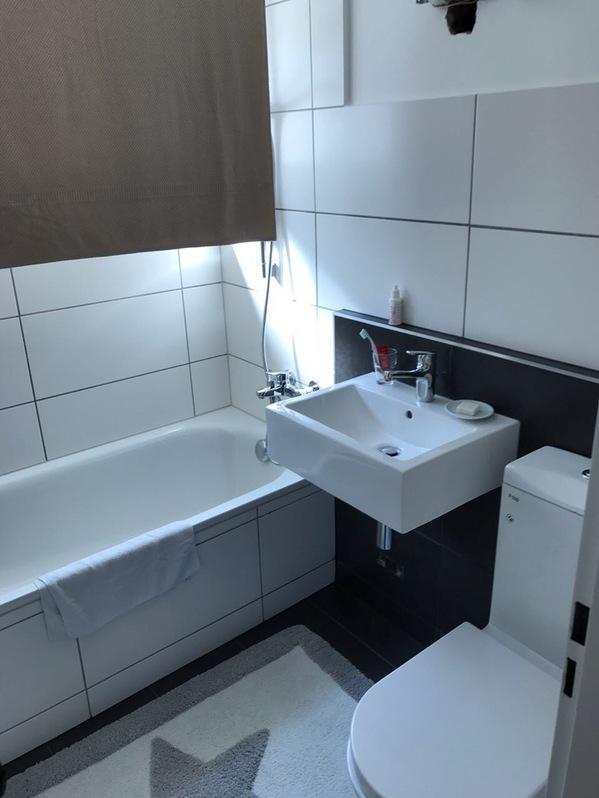RHODANIA, neu ausgebaute & helle 3.5-Zimmerwohnung mit Süd-Terrasse im Zentrum von Leukerbad 4