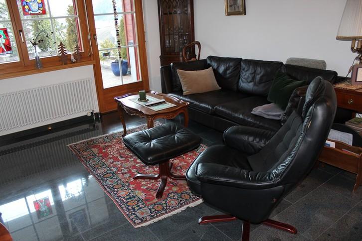 Appartementhaus CHRISTINA, renovierte 3-Zimmerwohnung von sehr hoher Qualität grosse Süd- und Westterrasse 2