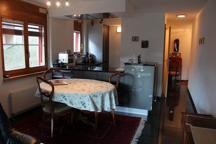 Appartementhaus CHRISTINA, renovierte 3-Zimmerwohnung von sehr hoher Qualität grosse Süd- und Westterrasse 3