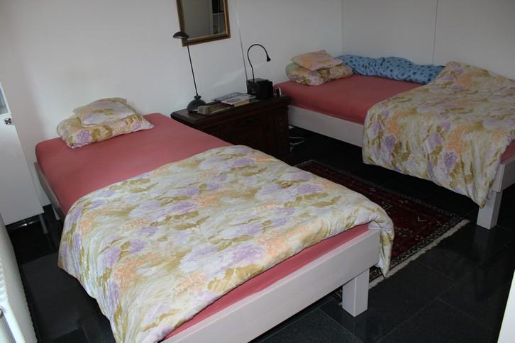 Appartementhaus CHRISTINA, renovierte 3-Zimmerwohnung von sehr hoher Qualität grosse Süd- und Westterrasse 4