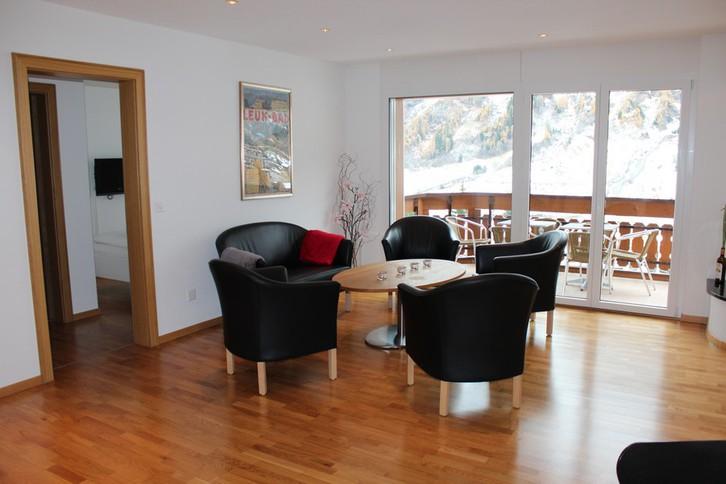 IRIS B, Luxuriöse, stilvolle 4.5 Zimmerwohnung, super Preis 3954 Leukerbad