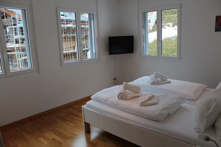 IRIS B, Luxuriöse, stilvolle 4.5 Zimmerwohnung, super Preis 4