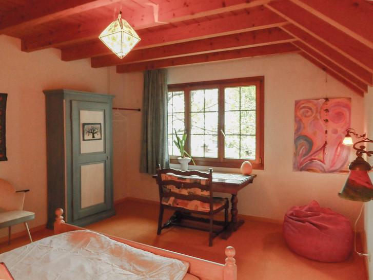 Helles Zimmer zu vermieten in ruhiger Lage 2