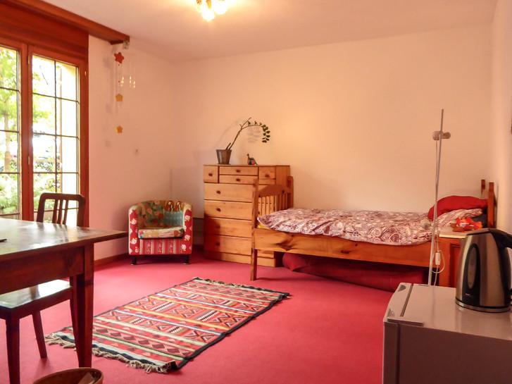 Helles Zimmer zu vermieten in ruhiger Lage 3