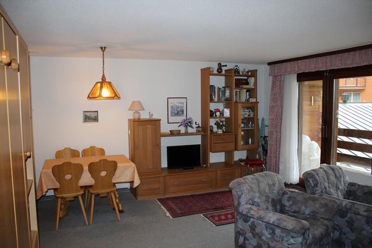 Haus STEGHORN, freundliches, helles Studio mit Südbalkon 3954 Leukerbad