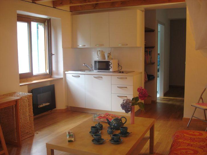 2 Stockwerk Wohnung in einem romantischen Tessiner Dorf ganzjährig zu vermieten 2