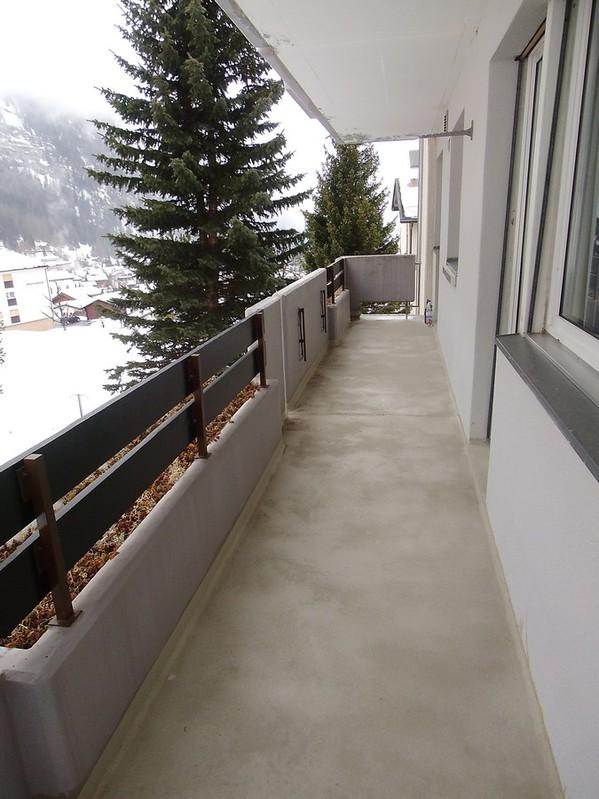 Appartementhaus SIESTA, 3.5 Zimmerwohnung, 2 Balkone, schöne neue Küche 4