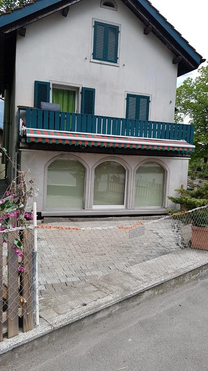 4 Zimmer Wohnung im Zweifamilienhaus 9479 Oberschan