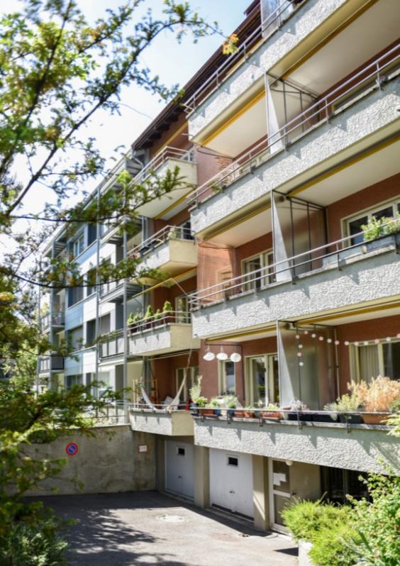 Totalsanierte 1.5-Zimmer-Wohnung mit grosszügigem Balkon! 3