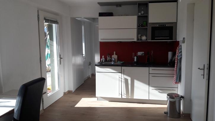 2 Zimmerwohnung in Hünibach 2