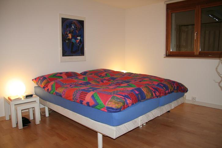 Ettingen BL, schön möbliertes Nichtraucherzimmer 26 m2.  3