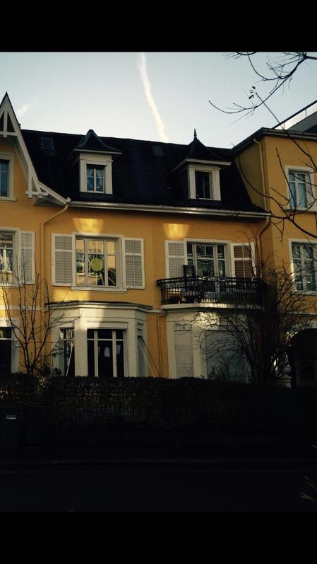 Grosses Zimmer in Haus WG  8032 Zürich