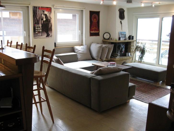 Appartementhaus OLYMPIA, große, renovierte Eckwohnung mit 2 Balkonen 3954 Leukerbad