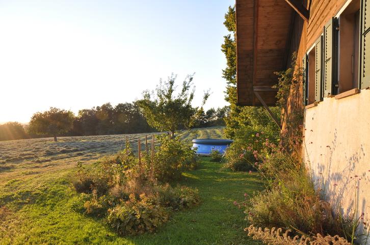 WG Zimmer in freistehendem Bauernhaus mit Garten 2