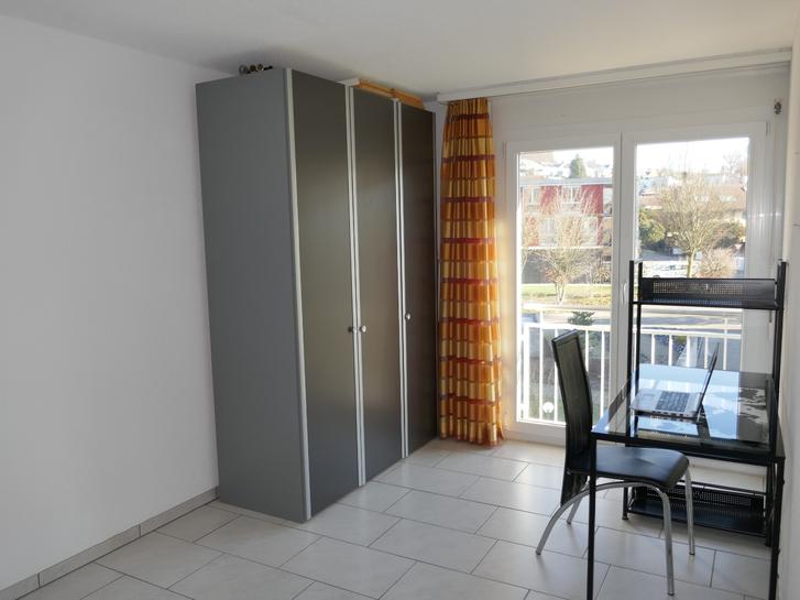 Zu vermieten in Hausen AG schöne 3 ½ Zimmer-Wohnung 4