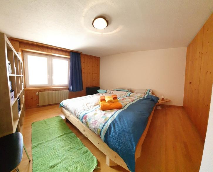 3.5 Zimmerwohnung  7156 Rueun