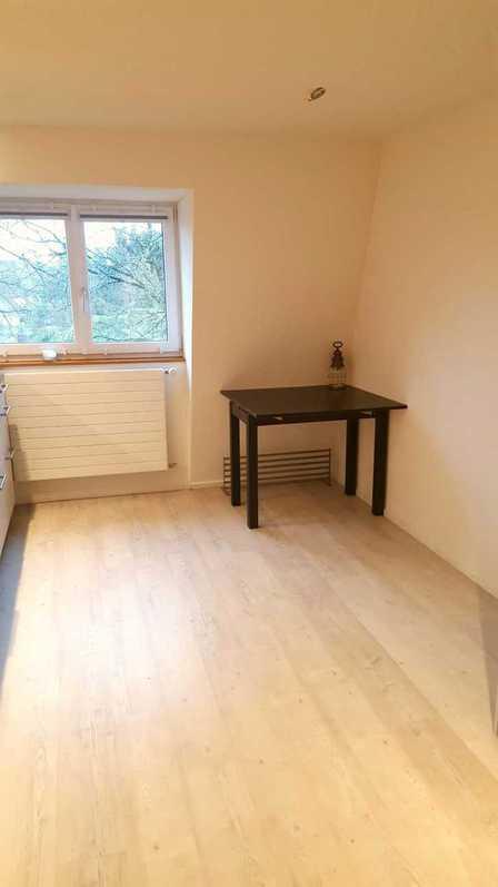 Helle 4.5 Zimmer (110qm) Wohnung am Zürichsee 4