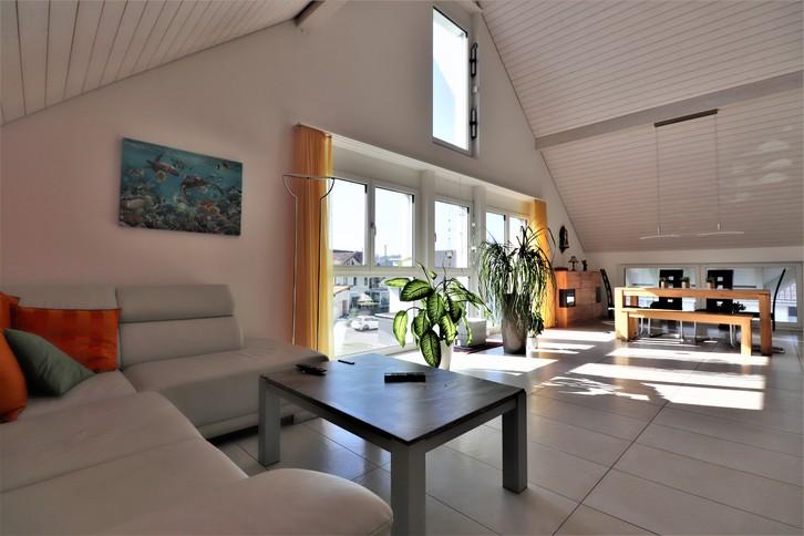 Dachwohnung mit Galerie und Wellnessbereich 3