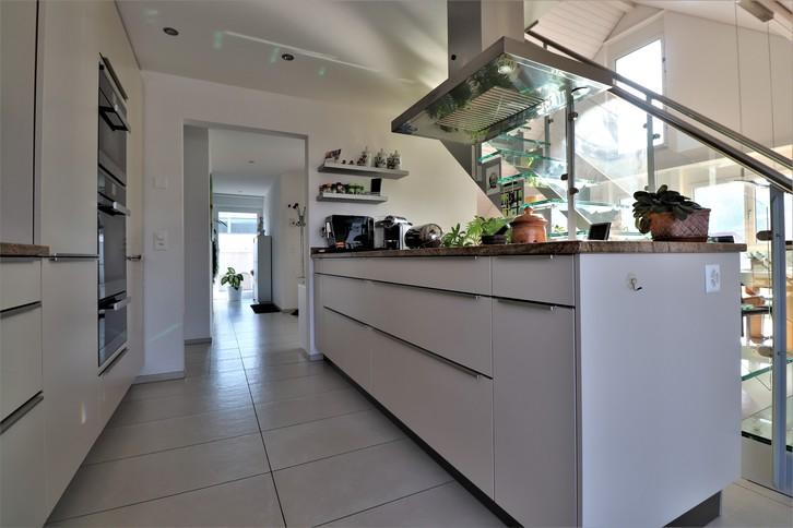 Dachwohnung mit Galerie und Wellnessbereich 4