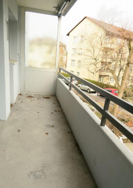Moderne 1.5-Zimmer-Wohnung mit Balkon 2