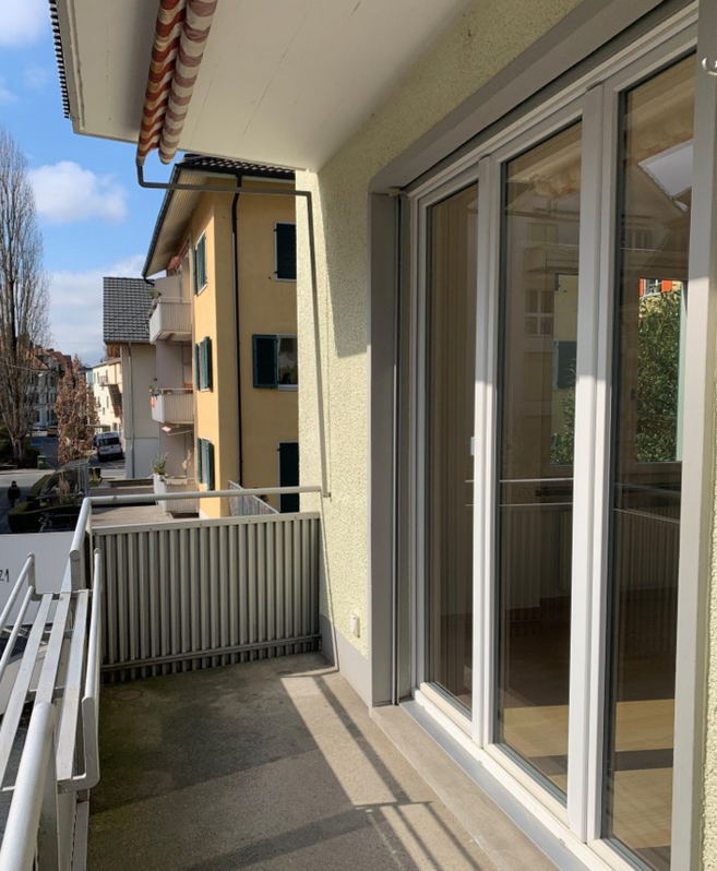 Top Moderne 2.5 Zi-Wohnung an ruhiger und zentraler Lage! 2