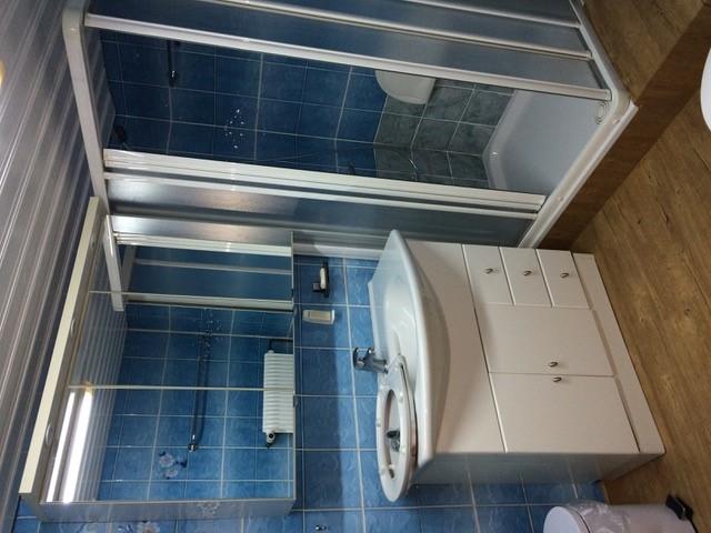 Frisch renovierte Wohnung zu Vermieten 2