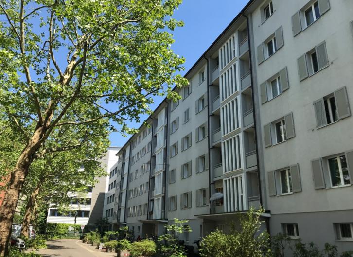 Moderne 1.5-Zimmerwohnung mit einem grossen Balkon! 4058 Basel