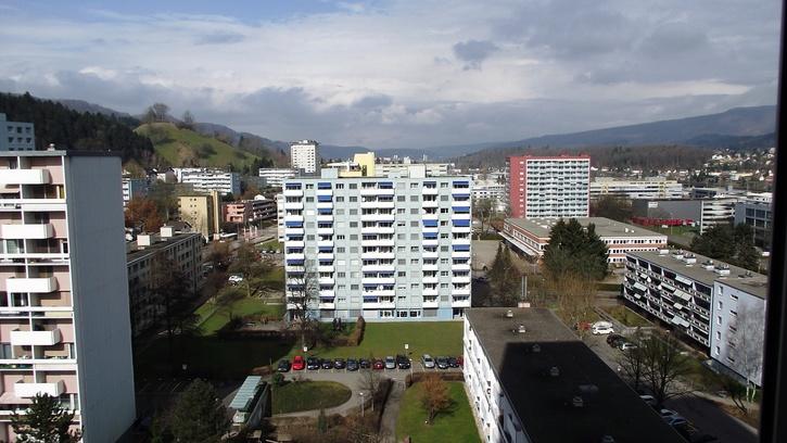 Grosszügige 3.5-Zimmer Wohnung mit wunderschöner Aussicht 8957 Spreitenbach