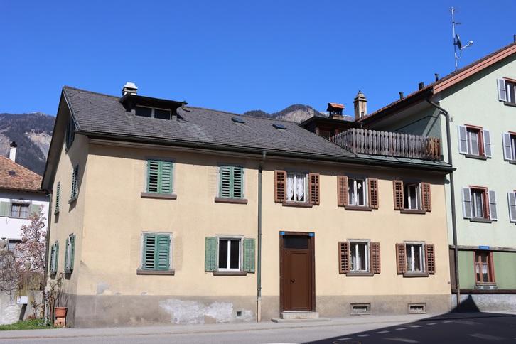 9-Zimmer Doppeleinfamilienhaus 2