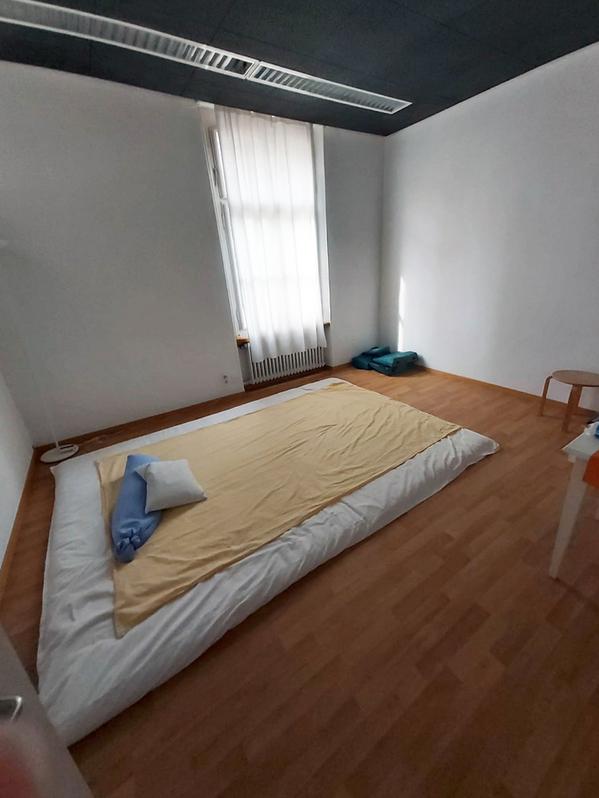 2 Räume für Büro / Atelier / Therapie an zentraler Lage in Rapperswil 2
