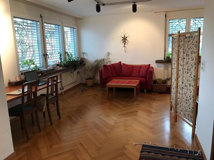 Erdgeschosswohnung in Villa in Horgen  2