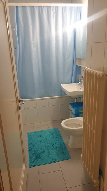 Helle, schöne  2 Zimmer Wohnung  3072