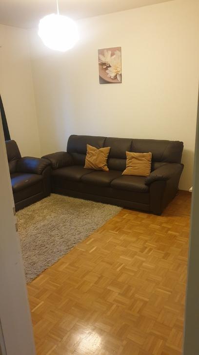 Helle, schöne  2 Zimmer Wohnung  3